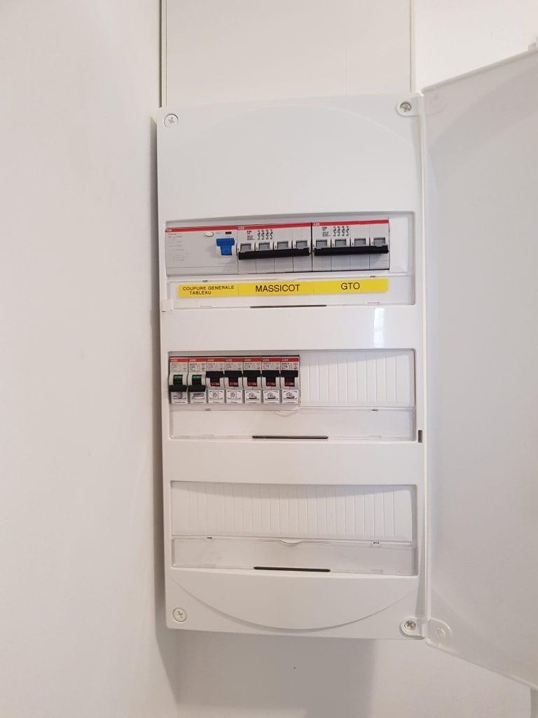 Électricien installations pour professionnels
